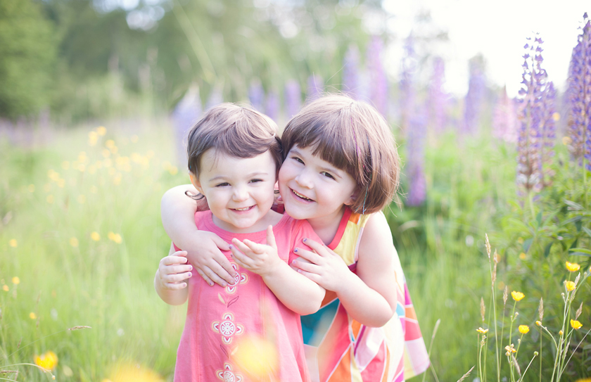 sisters, child portraits, south surrey child photographer, vancouver family photographer