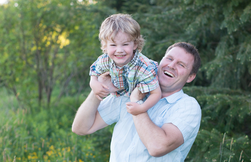 dad and me portraits, fun photos, fun family photos, coquitlam family photographer