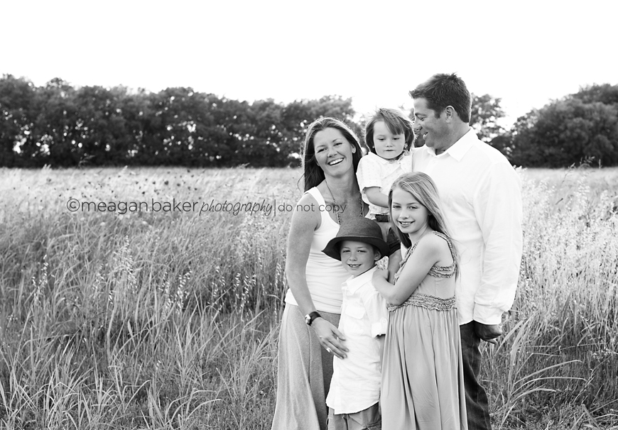 vancouver photographer, family portrait, meagan baker photographer, south surrey family photographerjpg