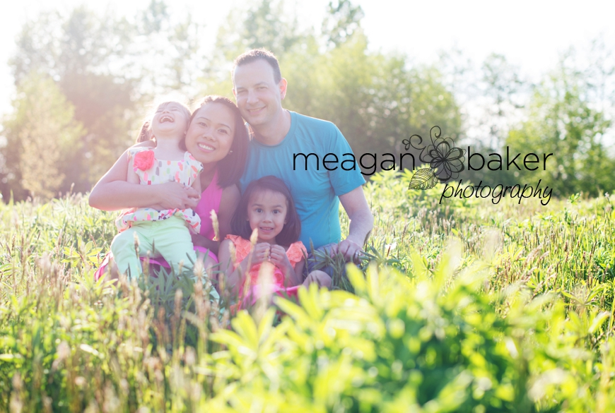 crescent beach family photographer, vancouver family photographer, vancouver child photographer, spring family photos, family pictures_0006
