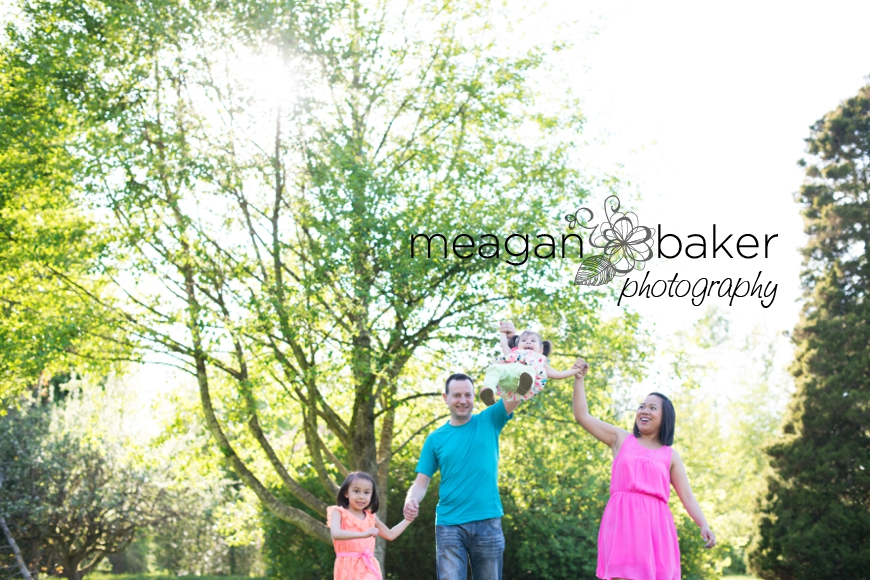crescent beach family photographer, vancouver family photographer, vancouver child photographer, spring family photos, family pictures_0007