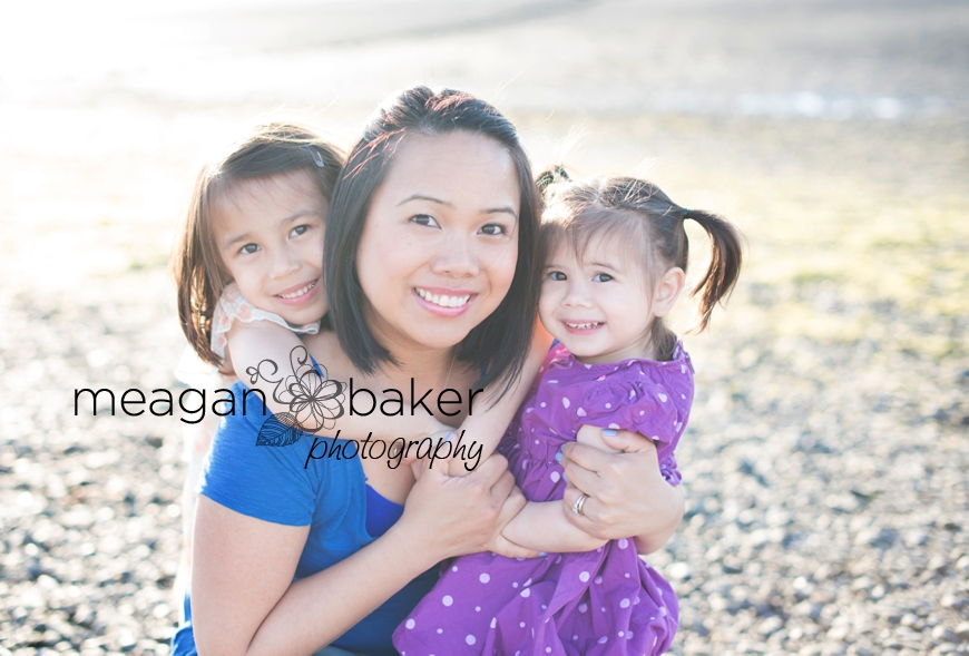 crescent beach family photographer, vancouver family photographer, vancouver child photographer, spring family photos, family pictures_0013