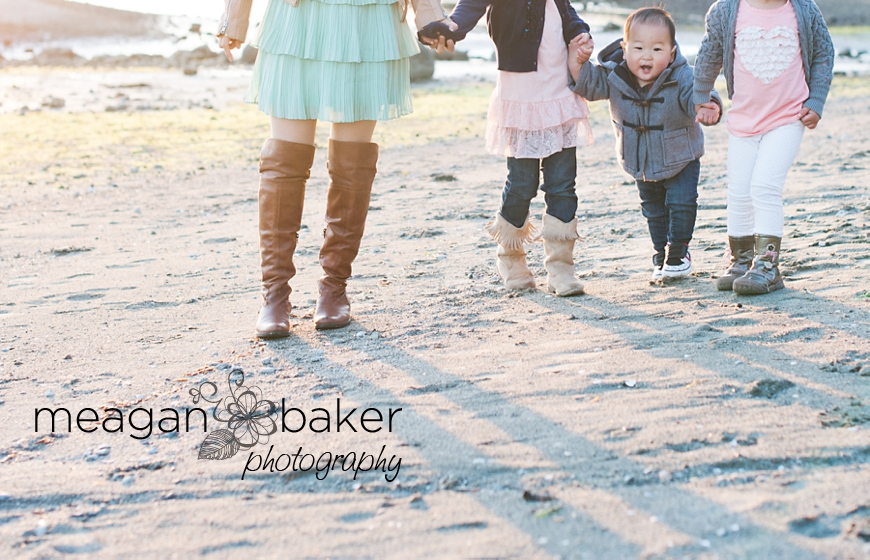port moody family photographer, lifestyle portraits, candid photographer, vancouver family portraits, family photos vancouver, vancouver child photographer_0050
