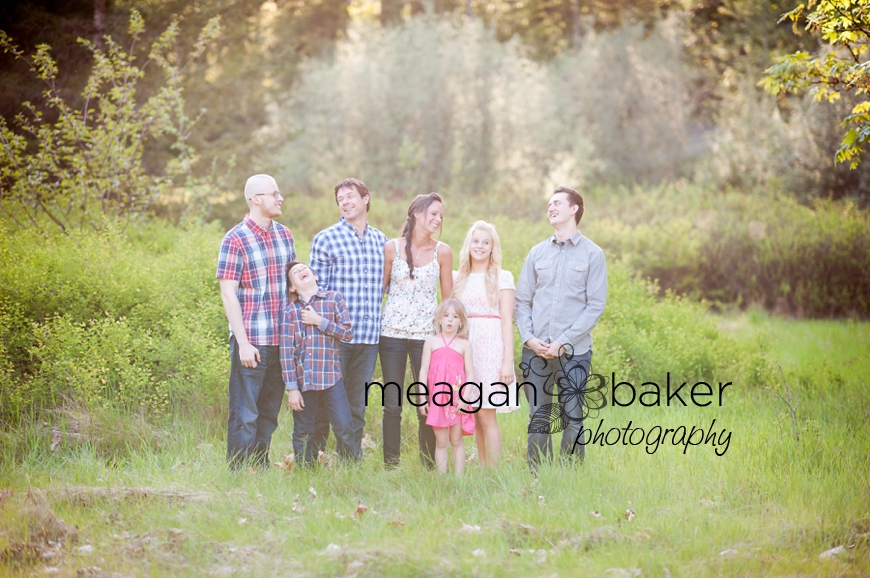 vancouver family photographer, family portraits, campbell valley park photography, langley photographer, south langley photographer, child photos, candid photos_0003
