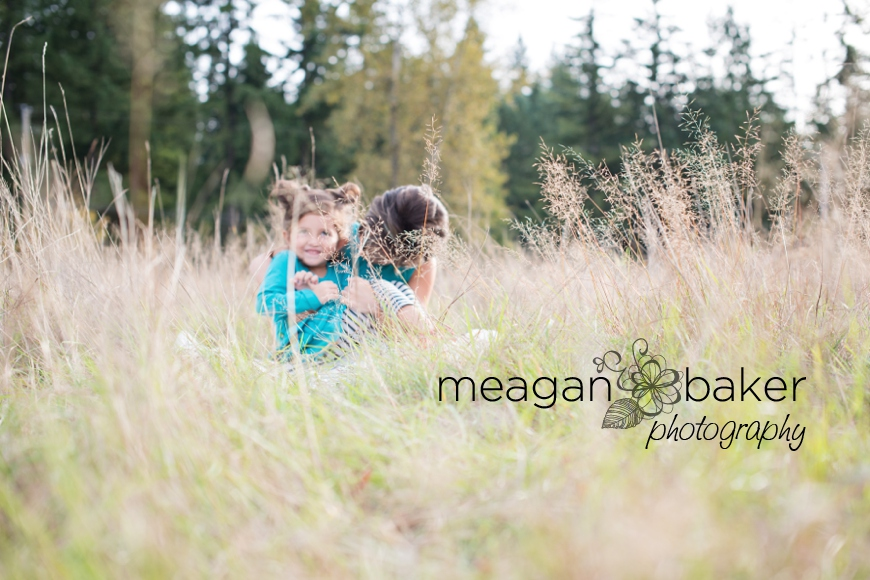 vancouver child photographer, fall family photos, langley family photographer, south surrey family photographer, vancouver family photographer, cake smash, family photos, south surrey family photographer, meagan baker photography_0010