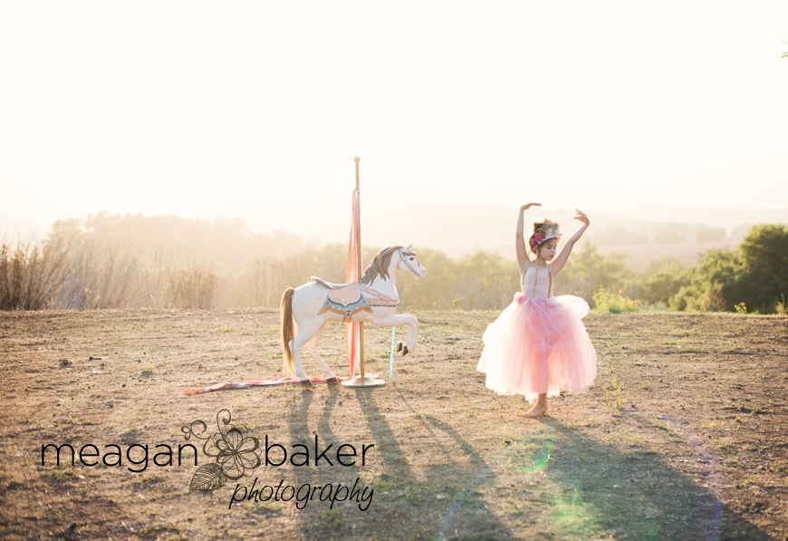 backlit portraits, photos with carosel horse, themed photo session, vancouver child photographer, meagan baker photography_0004