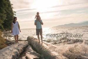 vancouver family photographer, vancouver family portraits, family photos vancouver, spanish banks, jericho beach photos, beach photos, sunny pics_0016