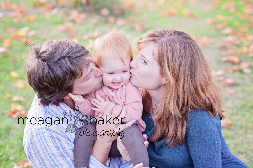 vancouver child photographer, fall family photos, langley family photographer, south surrey family photographer, vancouver family photographer, cake smash, family photos, south surrey family photographer, meagan baker photography_0004