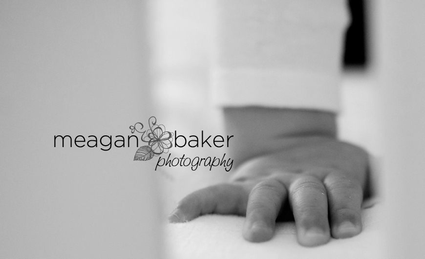 vancouver family photographer, meagan baker photography, family portraits, baby photos, toddler portraits, 6 months, 8 months_0006