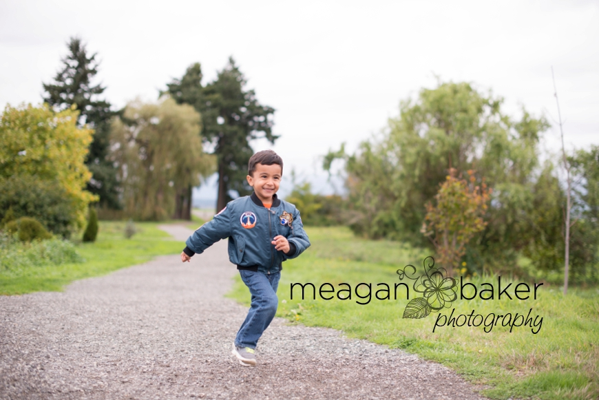 vancouver family portraits, vancouver family photographer, family photos, meagan baker photography_0001