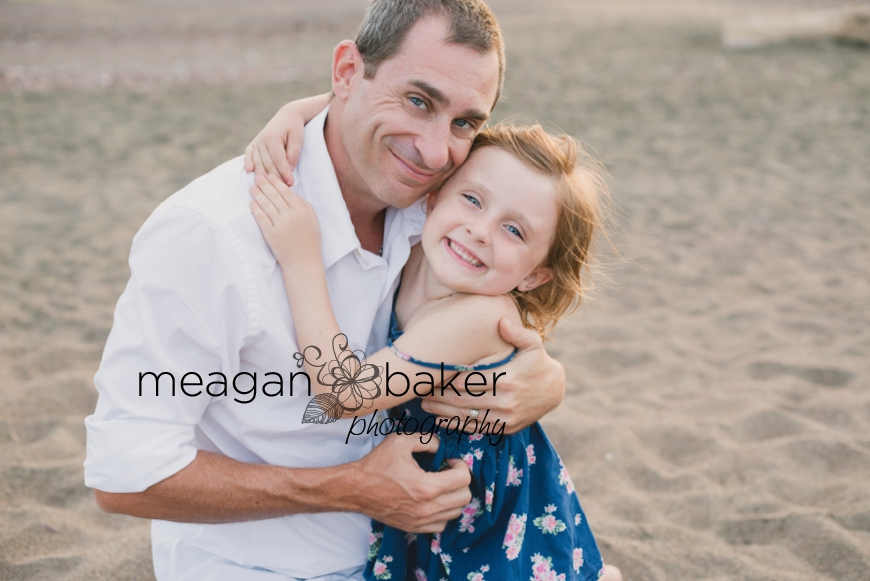family photos, beach portraits, family beach photos, family pictures at the beach, beach portraits, vancouver family photographer_0011