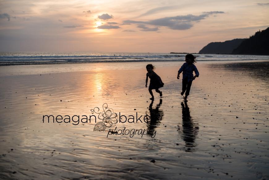 family photos, beach portraits, family beach photos, family pictures at the beach, beach portraits, vancouver family photographer_0012