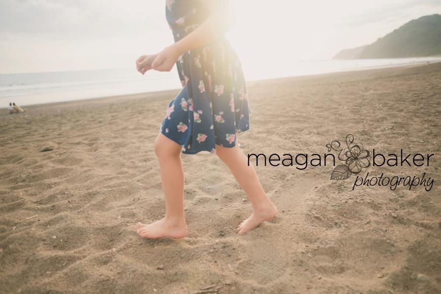 family photos, beach portraits, family beach photos, family pictures at the beach, beach portraits, vancouver family photographer_0013