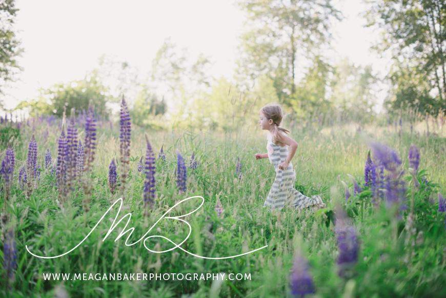 sisterlove, meagan baker photography, purple flowers, spring portraits, crescent beach photos, family photos, child portraits_0002