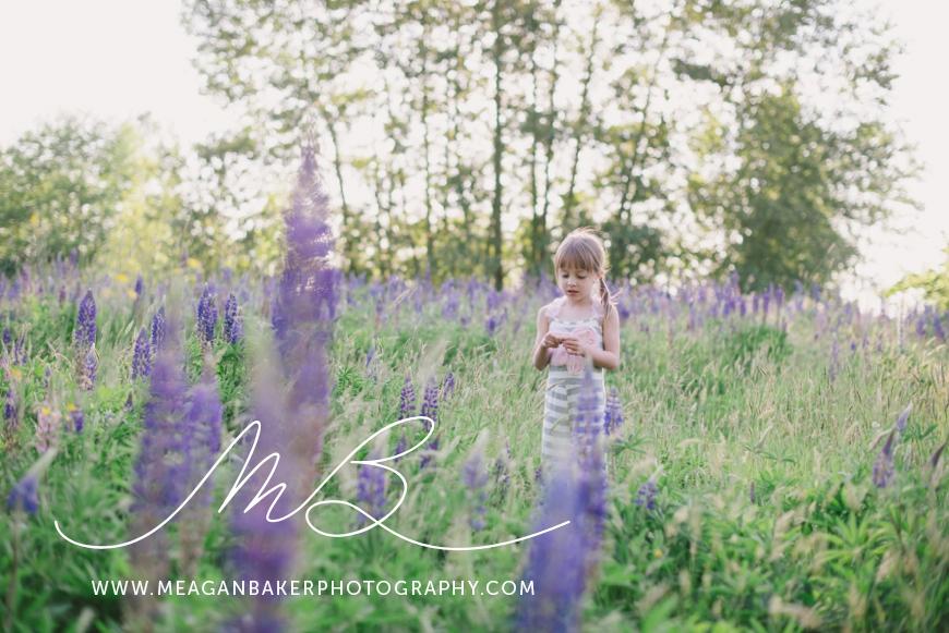 sisterlove, meagan baker photography, purple flowers, spring portraits, crescent beach photos, family photos, child portraits_0003