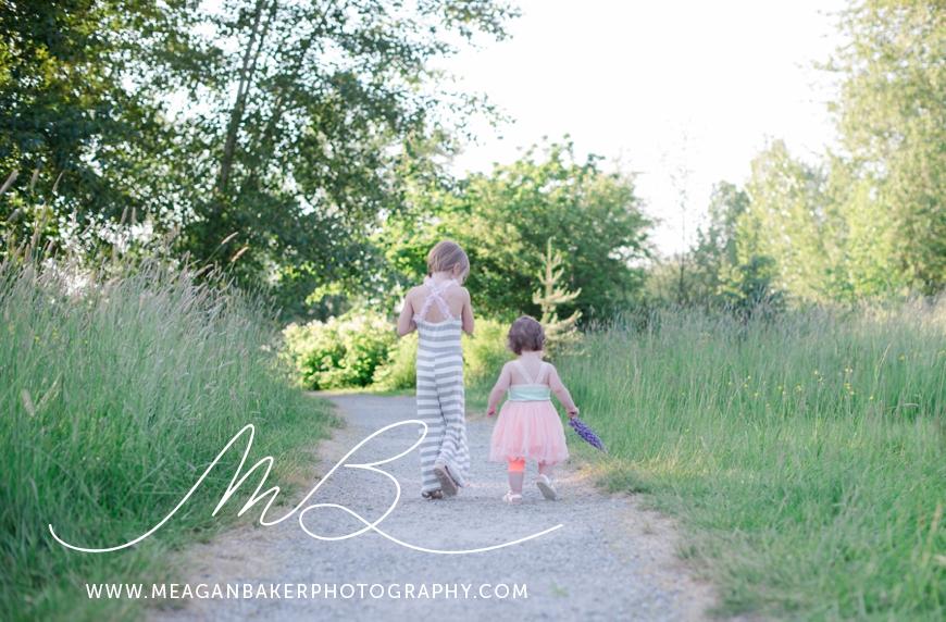 sisterlove, meagan baker photography, purple flowers, spring portraits, crescent beach photos, family photos, child portraits_0006