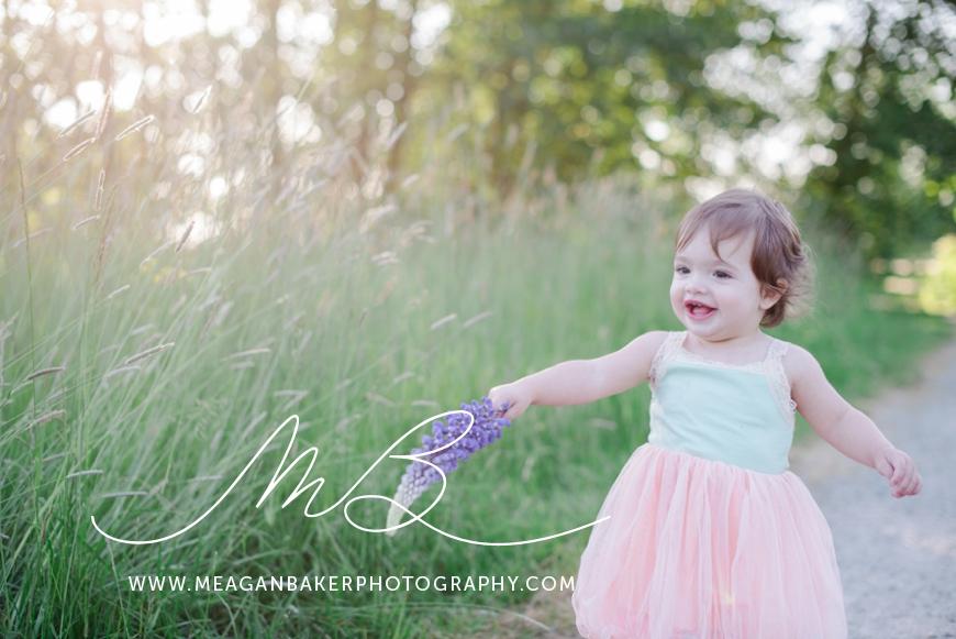 sisterlove, meagan baker photography, purple flowers, spring portraits, crescent beach photos, family photos, child portraits_0008