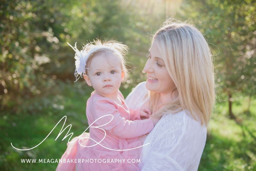 south-surrey-family-photographer-baby-turns-one-first-birthday-photos-vancouver-family-photographer_0001