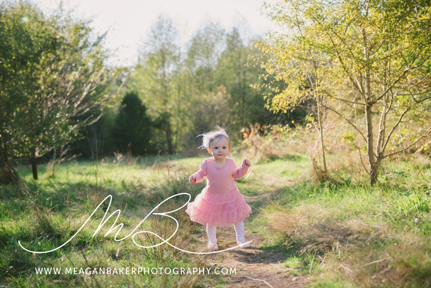 south-surrey-family-photographer-baby-turns-one-first-birthday-photos-vancouver-family-photographer_0002