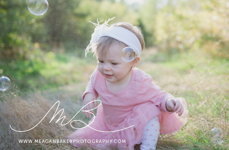 south-surrey-family-photographer-baby-turns-one-first-birthday-photos-vancouver-family-photographer_0003