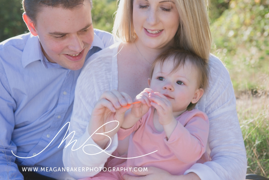 south-surrey-family-photographer-baby-turns-one-first-birthday-photos-vancouver-family-photographer_0004