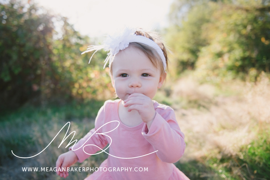 south-surrey-family-photographer-baby-turns-one-first-birthday-photos-vancouver-family-photographer_0005
