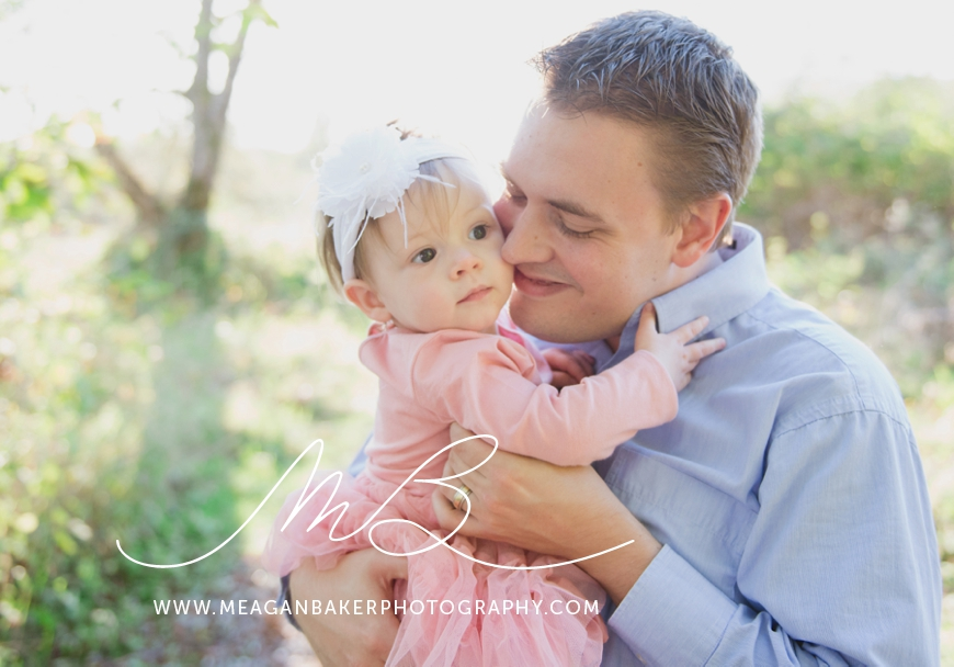 south-surrey-family-photographer-baby-turns-one-first-birthday-photos-vancouver-family-photographer_0007