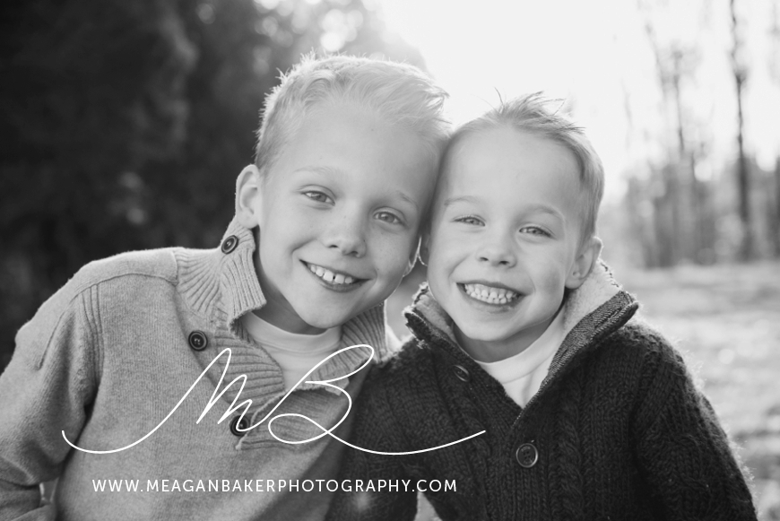 south-surrey-family-photographer-vancouver-family-photographer-langley-family-photographer-vancouver-family-photos-fall-family-photos_0001