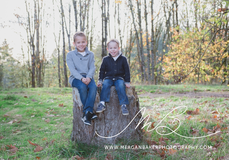 south-surrey-family-photographer-vancouver-family-photographer-langley-family-photographer-vancouver-family-photos-fall-family-photos_0005