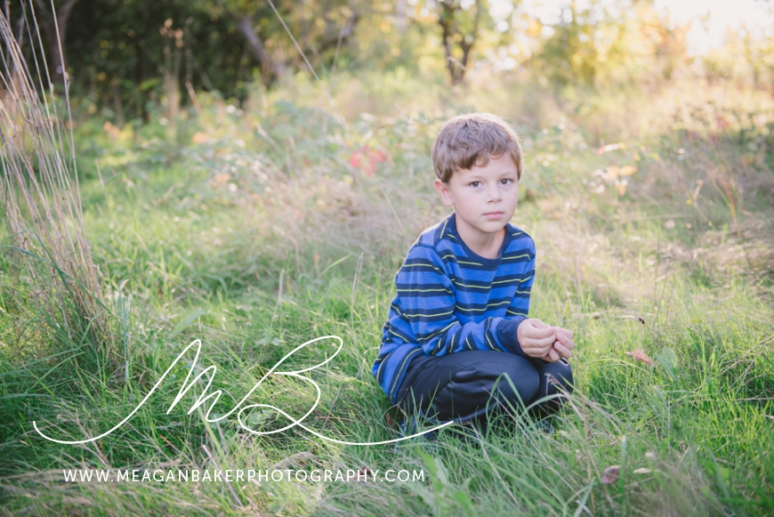 south-surrey-family-photographer-vancouver-family-photographer-langley-family-photographer-vancouver-family-photos-photos-with-ice-cream_0003