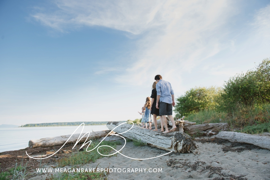 ladner-family-photographer-vancouver-family-photographer-langley-family-photographer-south-surrey-family-photographer-candid-photography-meagan-baker-photography_0006