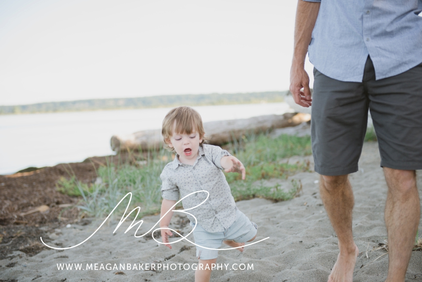 ladner-family-photographer-vancouver-family-photographer-langley-family-photographer-south-surrey-family-photographer-candid-photography-meagan-baker-photography_0007
