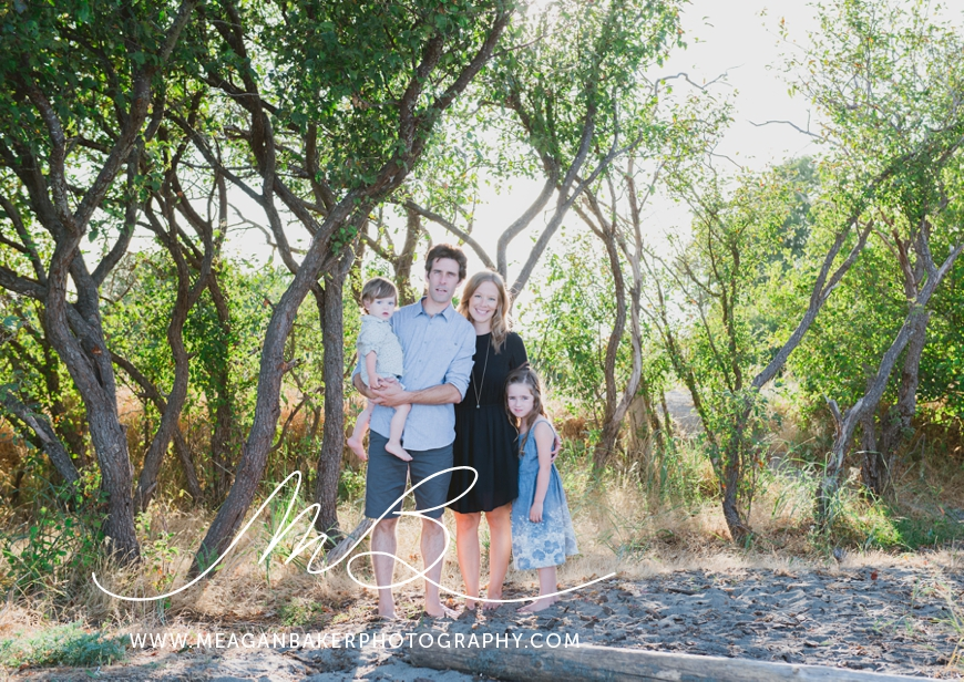 ladner-family-photographer-vancouver-family-photographer-langley-family-photographer-south-surrey-family-photographer-candid-photography-meagan-baker-photography_0009