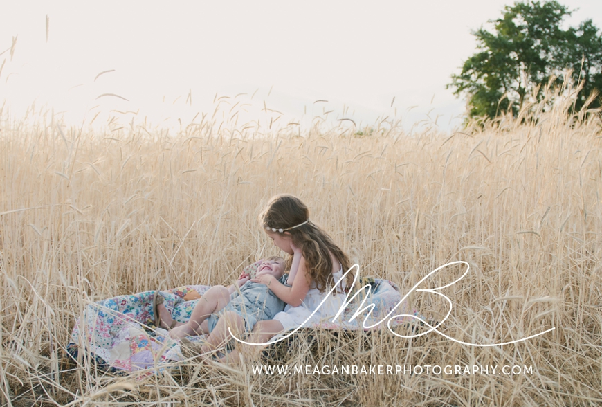 ladner-family-photographer-vancouver-family-photographer-langley-family-photographer-south-surrey-family-photographer-candid-photography-meagan-baker-photography_0013