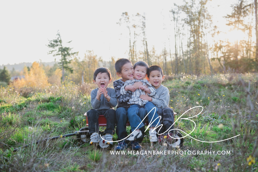 meagan baker photography, langley family photographer, families with boys, fall family photos, vancouver family photographer_0009