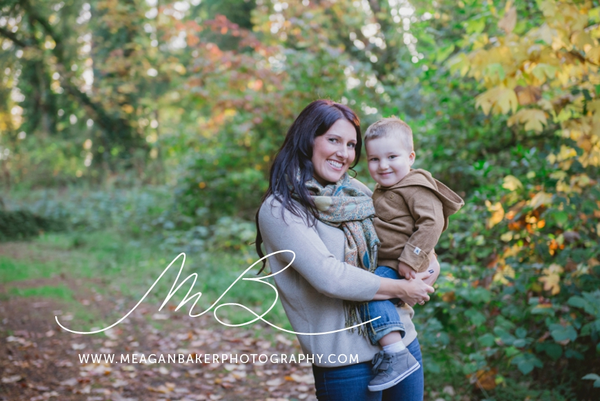 mom-and-me-photo-session-south-surrey-family-photographer-vancouver-family-photographer-langley-family-photographer-vancouver-family-photos-photos-with-ice-cream_0001