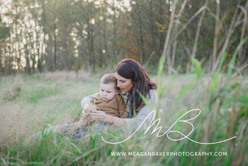 mom-and-me-photo-session-south-surrey-family-photographer-vancouver-family-photographer-langley-family-photographer-vancouver-family-photos-photos-with-ice-cream_0002