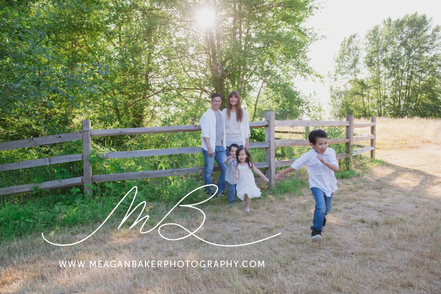 vancouver-family-photographer-langley-family-photographer-south-surrey-family-photographer-candid-photography-meagan-baker-photography_0011